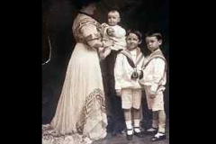 Mai-Robert-Wiliam-HH-Roger-about-1908